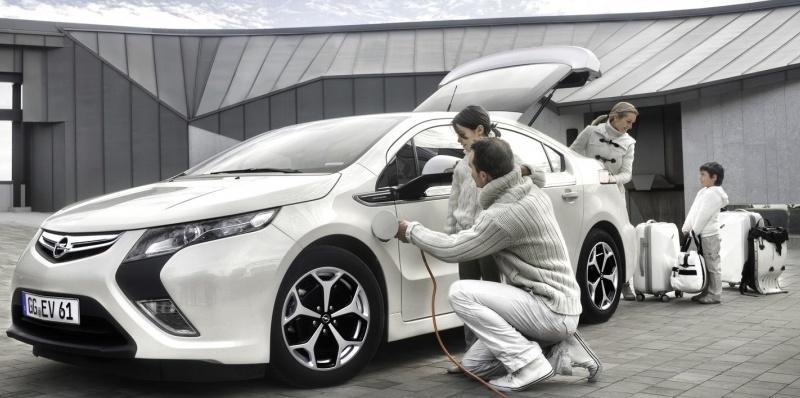 Recharge d'une Opel Ampera