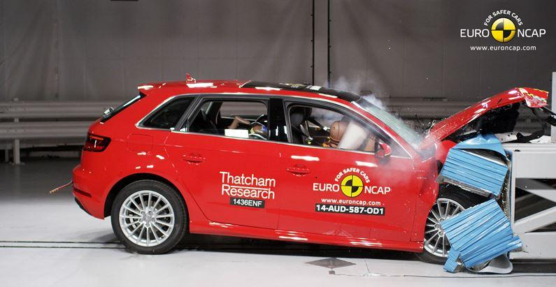 Crash-test Audi A3 e-tron